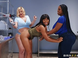 Best vocal intercourse pleasures for three thick lesbians