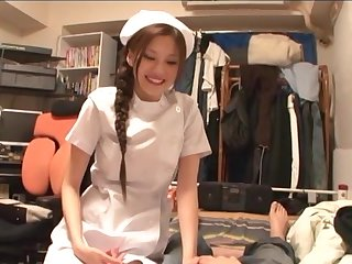 Random man gets his dick pleasured wide of seductive nurse Ameri Ichinose
