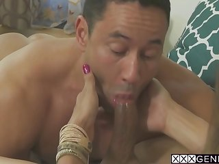 Sofia Sanders In Guy Swallowed Shemales Huge Dick After She Sucked His Cock