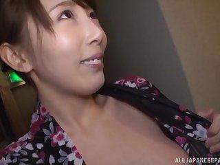 Horny Japanese housewife Kisaki Aya gives head before a fuck