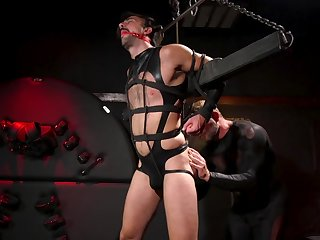 Maledom in brutal gay scenes for the gay consequent