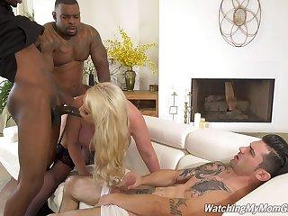 Anal-loving Alura Jenson's cuckold fuck with four fabulous black lovers